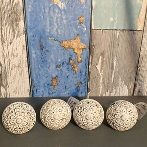 Vintage look metal Drawer Pulls